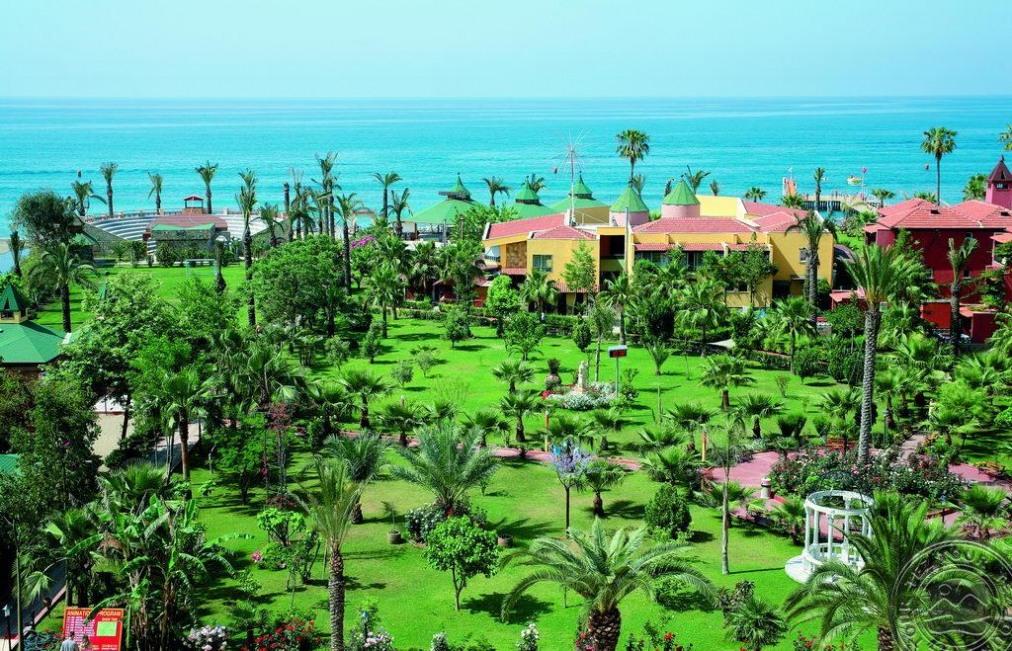 Почивка в SAPHIR HOTEL 4 *