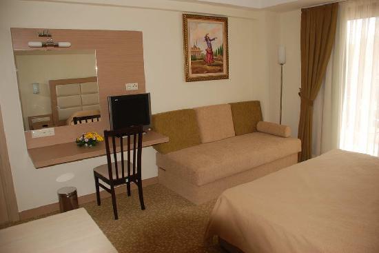 Почивка в BRITANNIA HOTEL&VILLAS 3 *