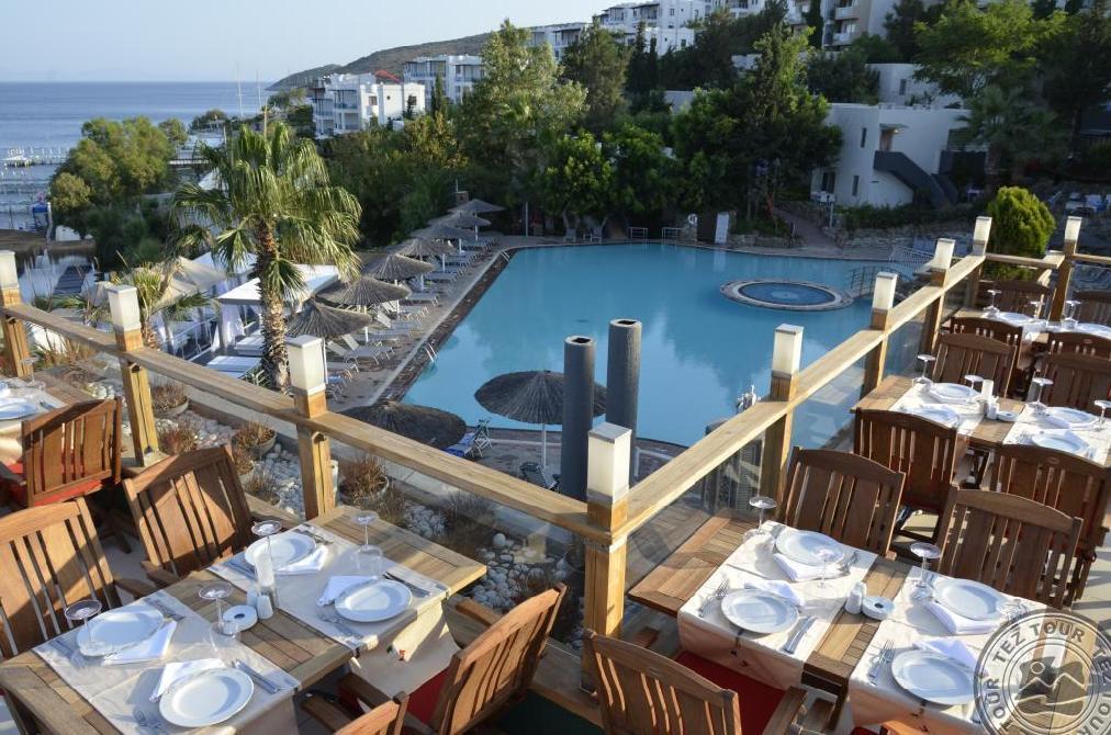 Почивка в ISIS HOTEL & SPA 5 *