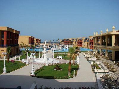 TITANIC PALACE 5 *