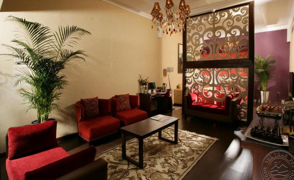 Почивка в RAMADA HOTEL & SUITES AJMAN 4*
