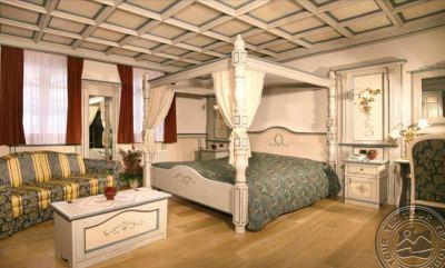 DOLOMITI SCHLOSS HOTEL & CLUB (CANAZEI) 4*