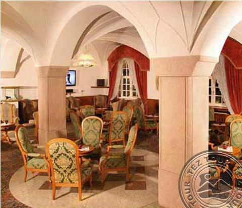 Почивка в DOLOMITI SCHLOSS HOTEL & CLUB (CANAZEI) 4*