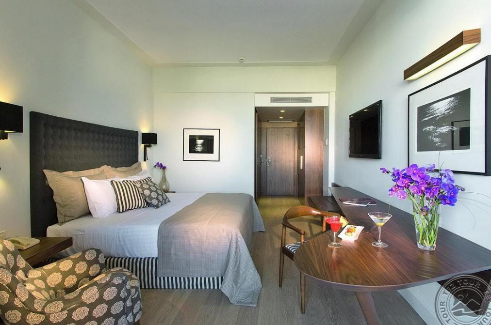 Почивка в AQUILA ATLANTIS HOTEL 5*