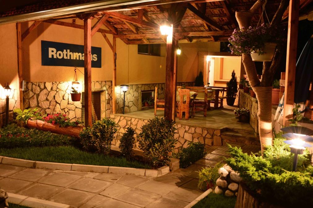 Почивка в ROTHMANS 3*