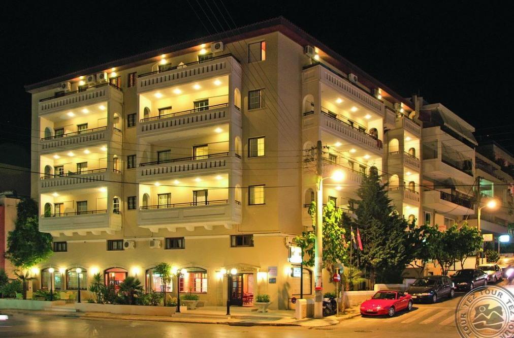 Почивка в ELINA HOTEL APARTMENTS 3*