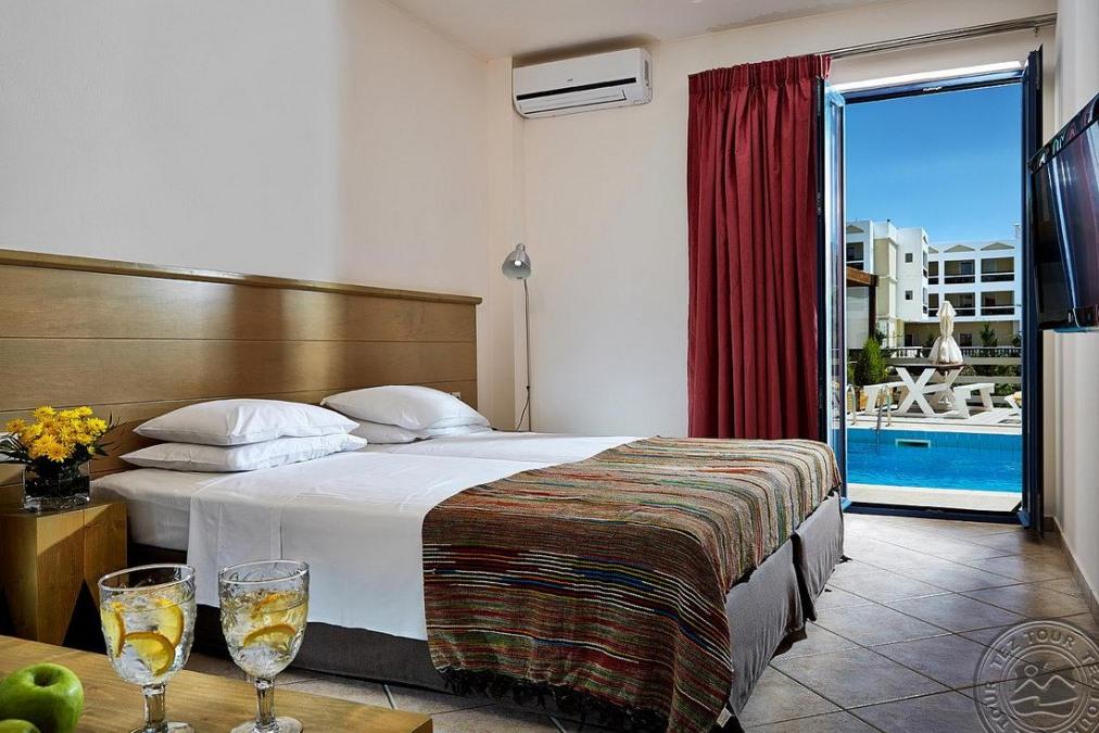 Почивка в MANOS MARIA HOTEL & APARTMENTS 4 *