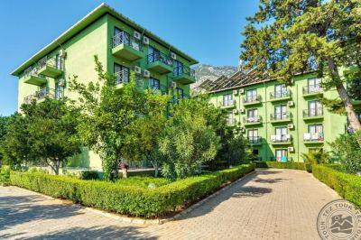 LARISSA HOTEL 4 *