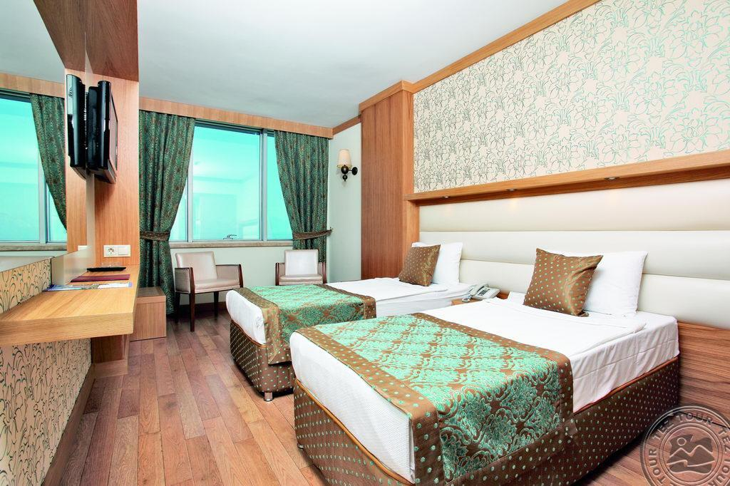Почивка в ANTALYA HOTEL 5 *