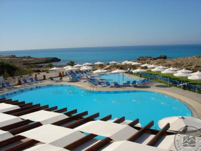 AKTEA BEACH VILLAGE 4 *