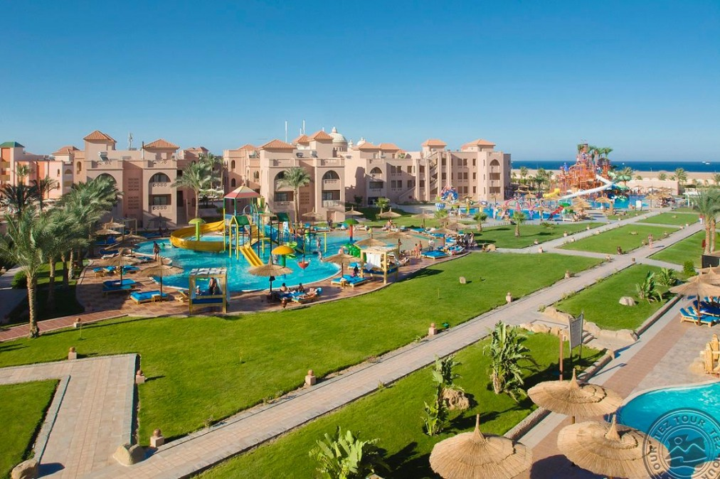 Почивка в ALBATROS SEA WORLD (EX-SEA WORLD RESORT) 4*