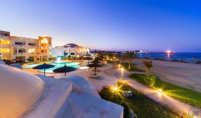 CORAL SUN BEACH SAFAGA 4*