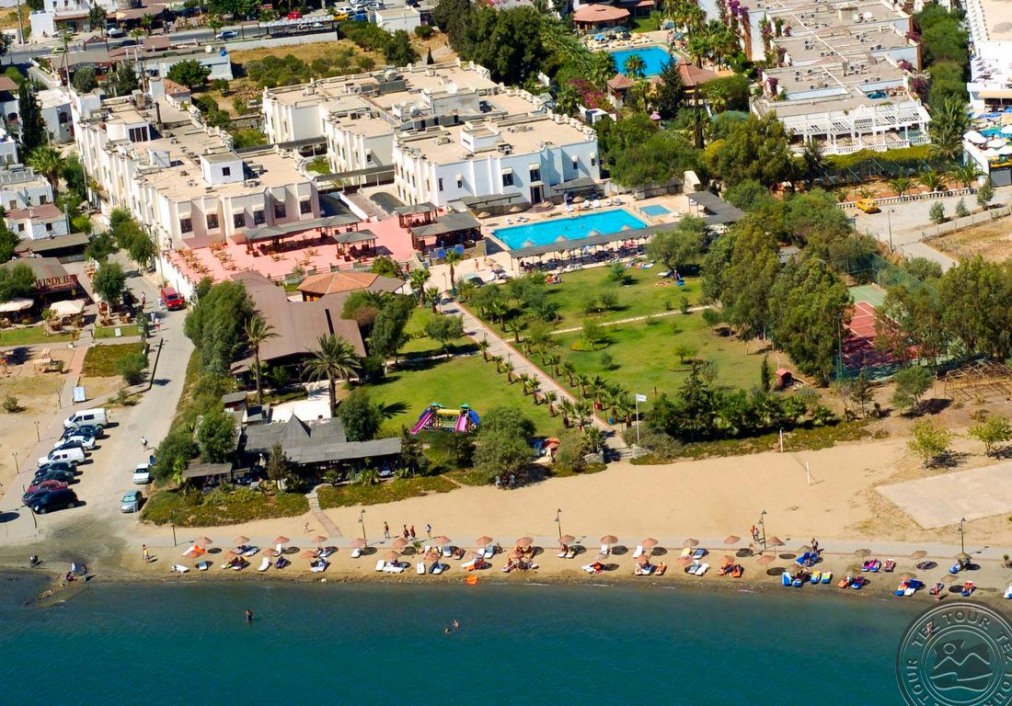 Почивка в CESARS BODRUM SUITES & BOUTIQUE 4*