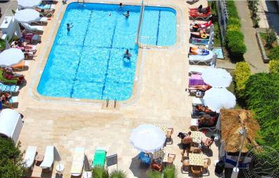 BORA BORA BUTIK HOTEL 3 *