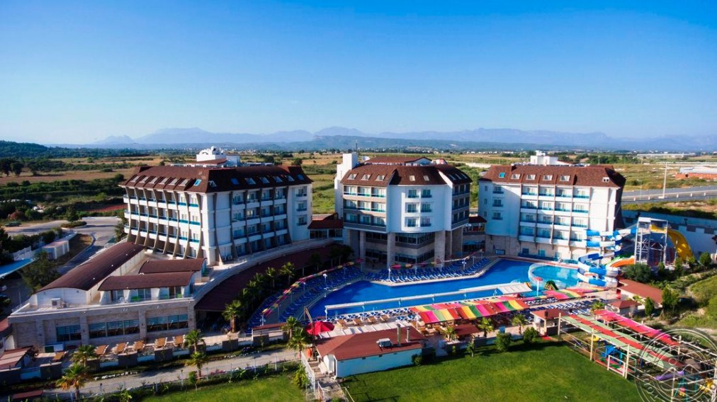 Почивка в RAMADA RESORT SIDE 5 *