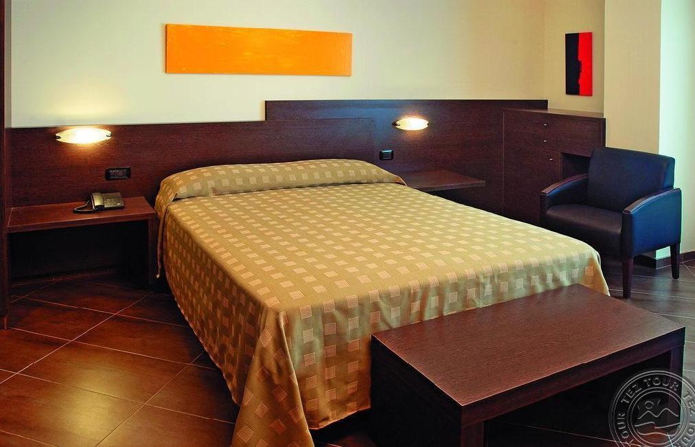 Почивка в AQUA-HOTEL PROMENADE 4 *