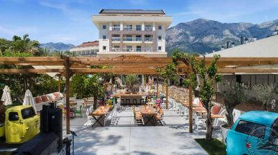 DOUBLE TREE BY HILTON KEMER 5 *