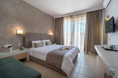 NEFELI HOTEL 4*