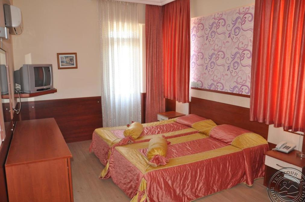 Почивка в LARA HADRIANUS HOTEL 3 *