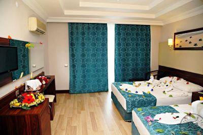 CARETTA RELAX HOTEL 4 *