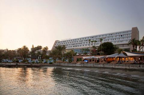 Amathus Beach Hotel SUP InlV
