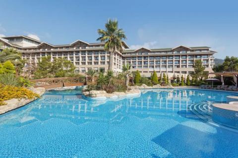 Avantgarde Luxury Resort 2in1 promo