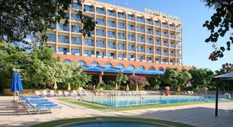 Navarria Hotel, Inland