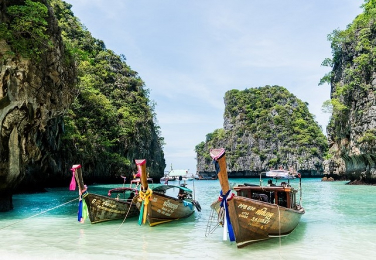 Очарователният Пукет - Deevana Plaza Phuket Patong