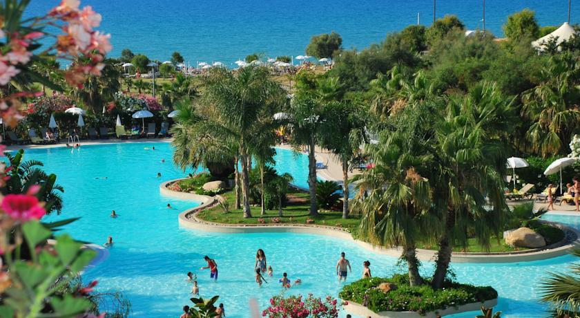 Acacia Resort, LUX