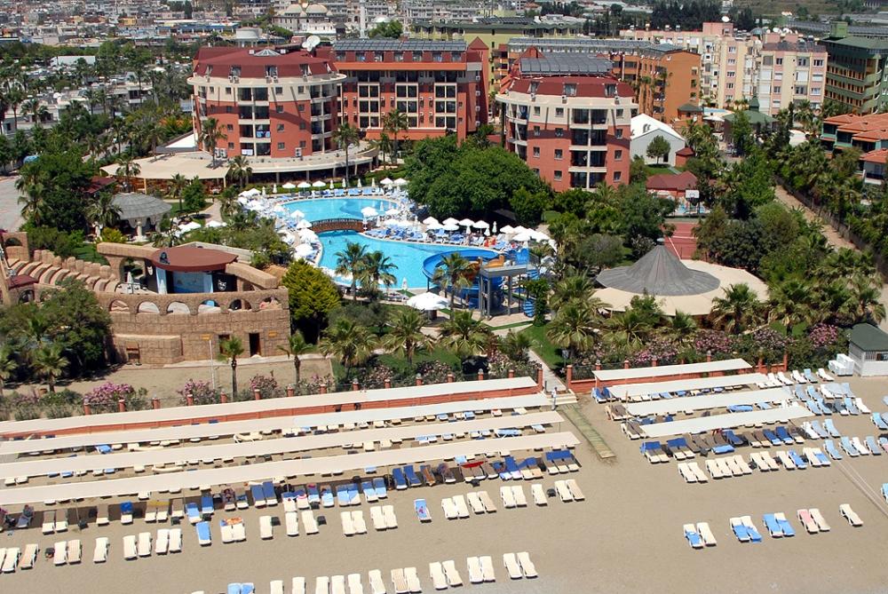 PALMERAS BEACH HOTEL 5*