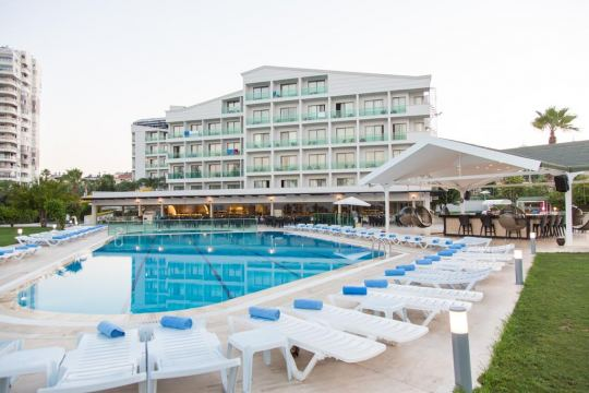 CLUB HOTEL FALCON  LARA - 4*