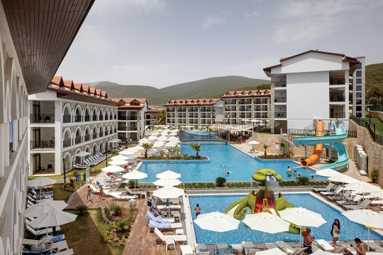 RAMADA RESORT AKBUK 4*