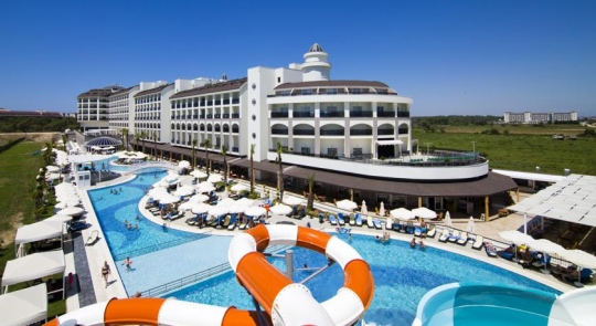 LRS PORT RIVER  & SPA HOTEL 5*