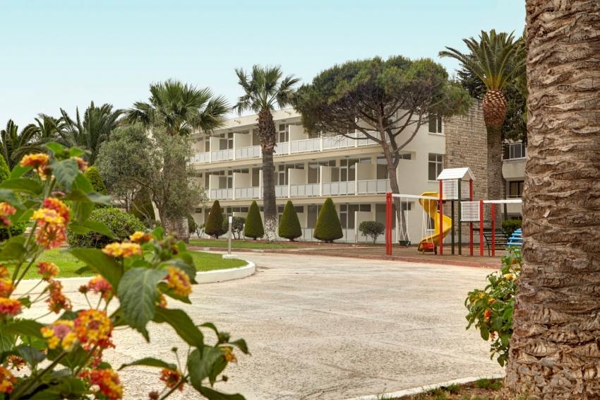 A 11 HOTEL 4*