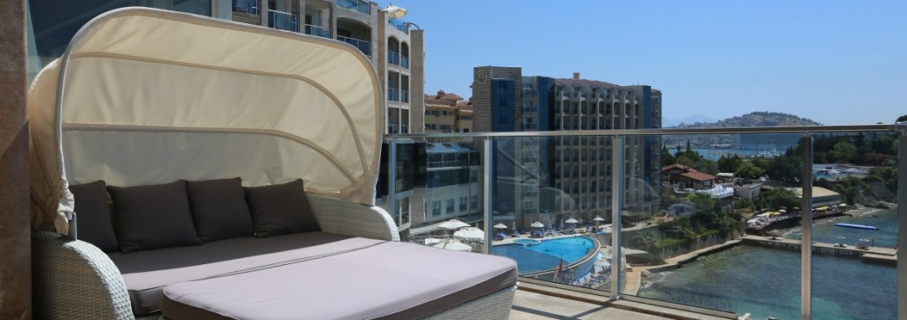 CHARISMA DE LUXE HOTEL 5*