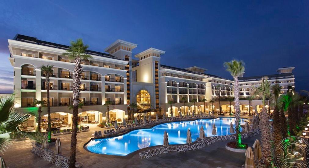 Почивка в ALVA DONNA EXCLUSIVE HOTEL & SPA 5 *