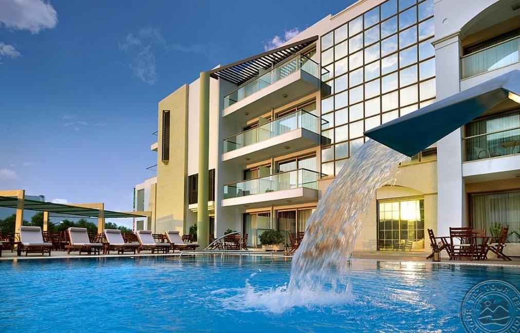 Почивка в ALBATROS SPA & RESORT HOTEL 4+ *