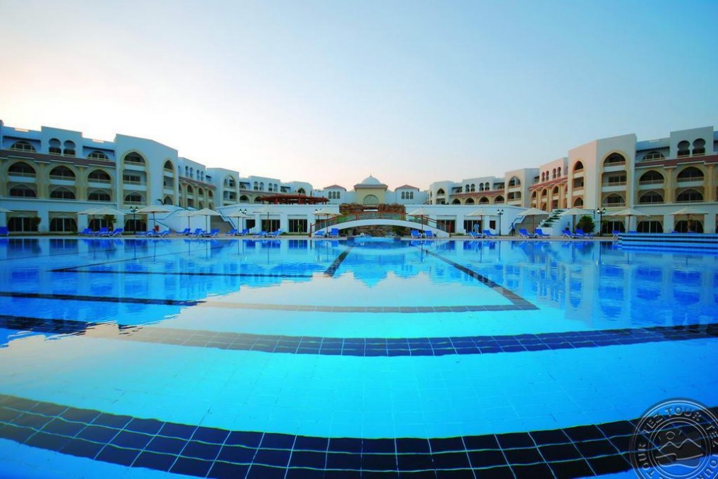 Почивка в OLD PALACE RESORT SAHL HASHESH 5 *
