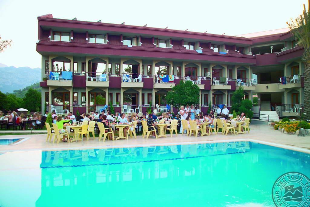 Почивка в CLUB ARES HOTEL 3 *