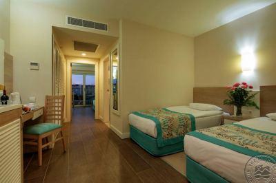 CRYSTAL SUNRISE QUEEN LUXURY RESORT&SPA 5 *