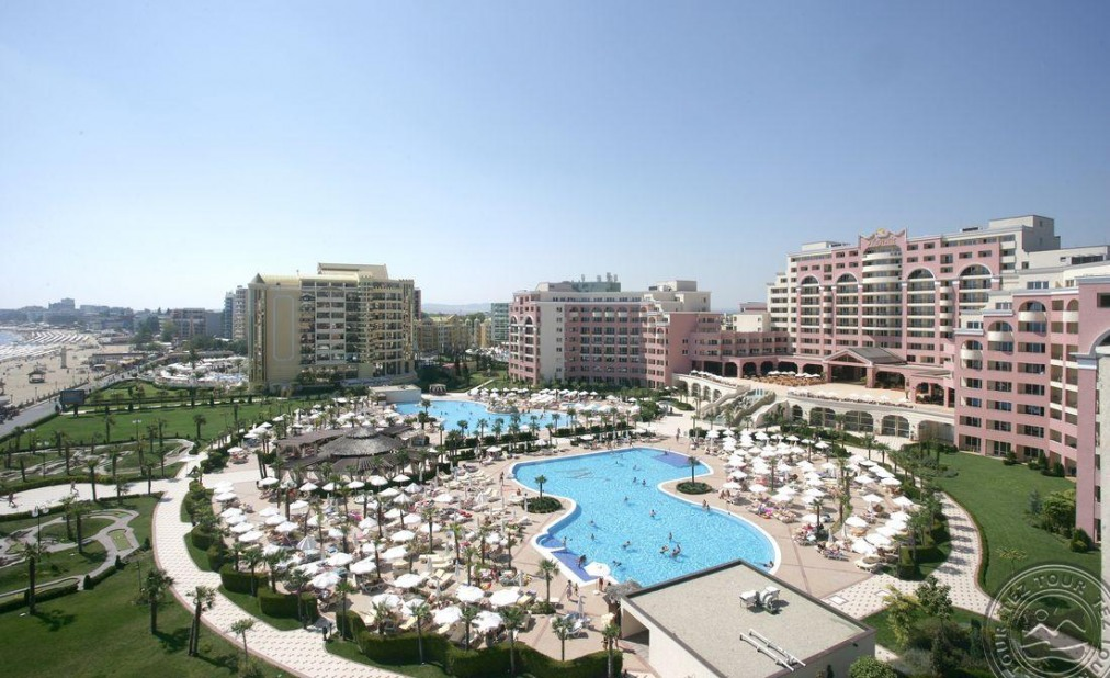 Почивка в DIT MAJESTIC BEACH RESORT 4*