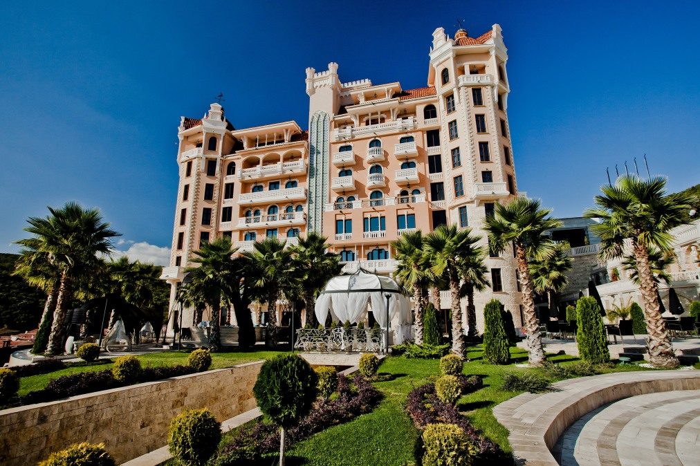 Почивка в ROYAL CASTLE 5*