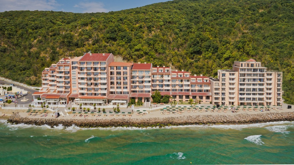 Почивка в ROYAL BAY 4*