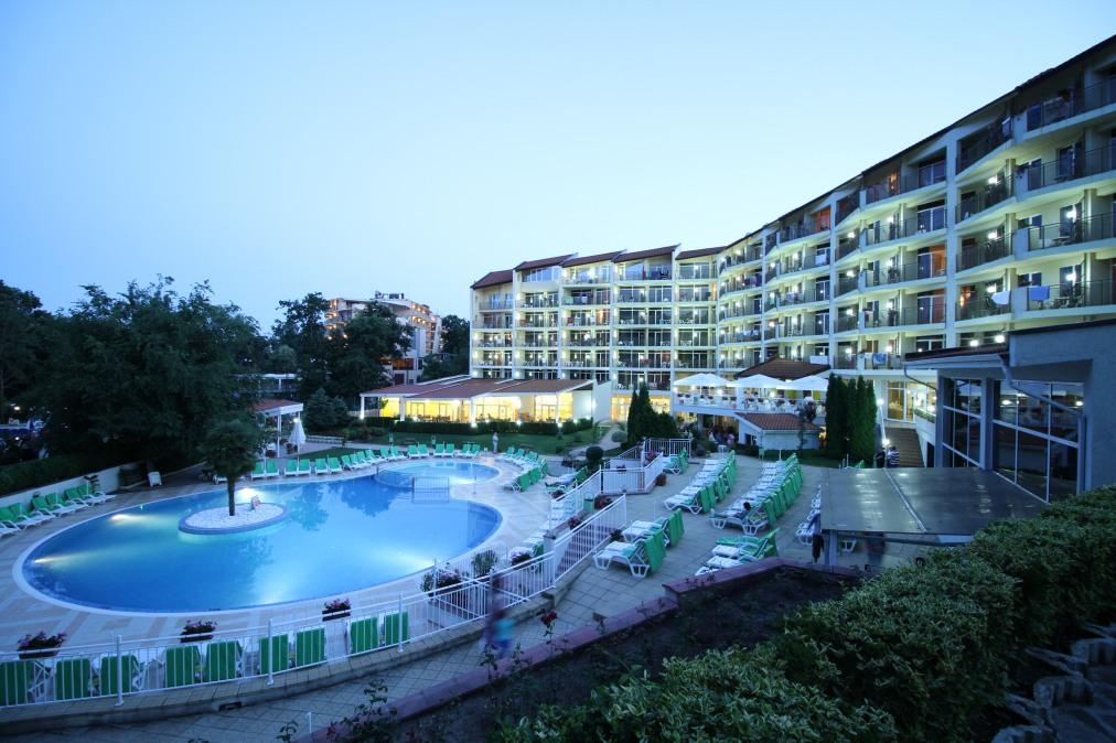 Почивка в MADARA HOTEL SMART LINE 4*