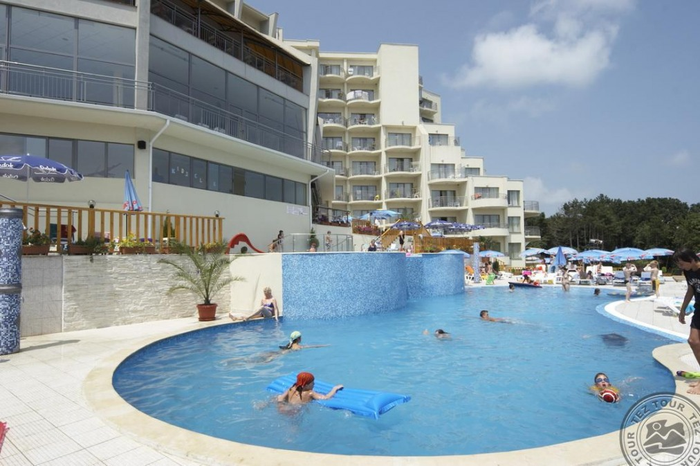 Почивка в PARK HOTEL GOLDEN BEACH 4*