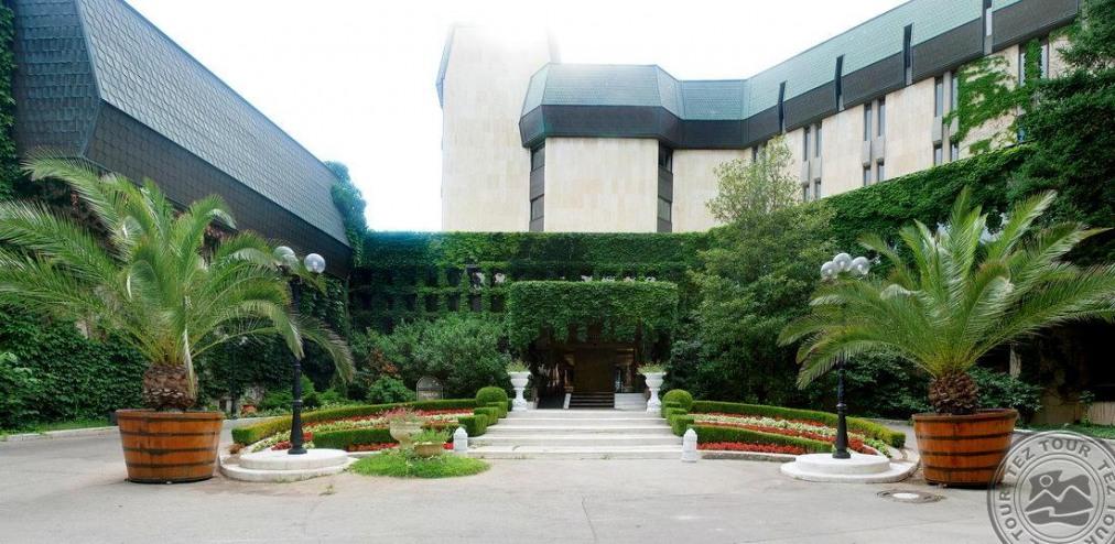Почивка в IMPERIAL HOTEL RIVIERA 5 *