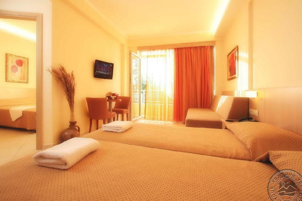 LAVRIS HOTEL & BUNGALOWS 4 *