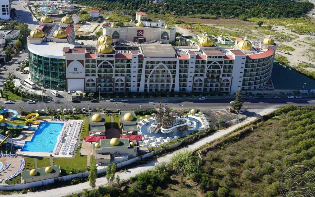 Почивка в ALAN XAFIRA DELUXE RESORT & SPA 5 *