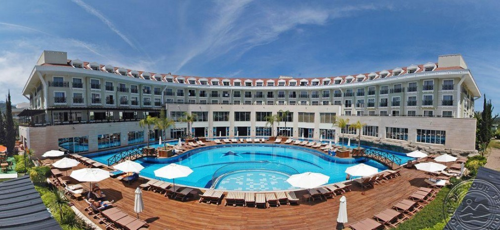 Почивка в MEDER RESORT 5 *