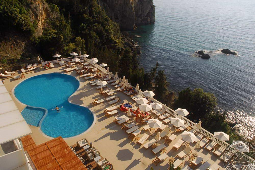 Почивка в AQUIS AGIOS GORDIOS BEACH HOTEL 4 *
